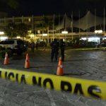 Lanzan granada a hotel