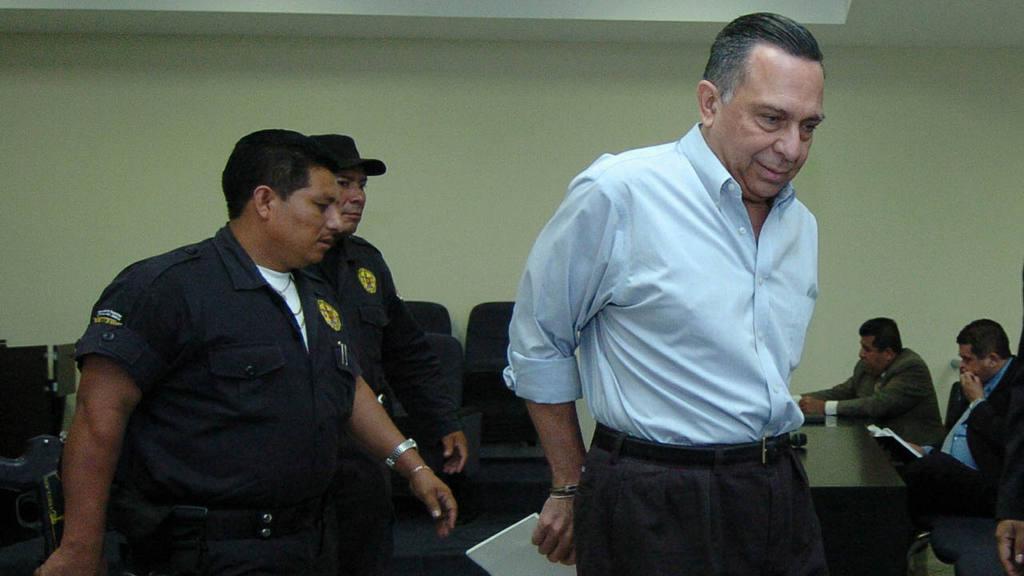 Carlos Perla