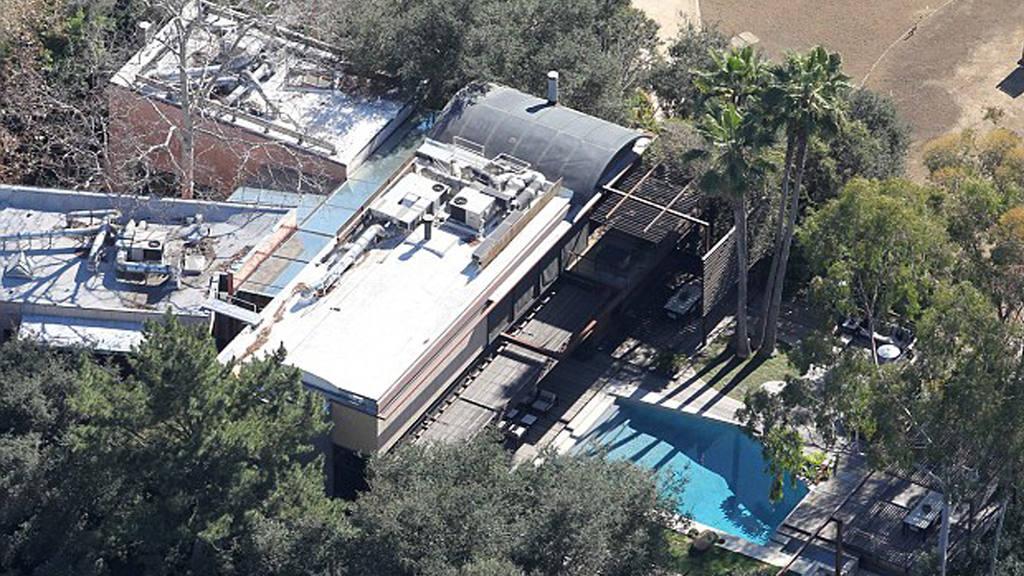 Demi Moore reaparece tras la muerte de un joven en la piscina de su casa