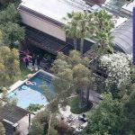 Encuentran cadáver de joven en piscina de Demi Moore