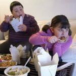 El mercadeo en televisión y redes sociales influye en el consumo de productos que pueden ocasionar obesidad infantil y enfermedades crónicas.