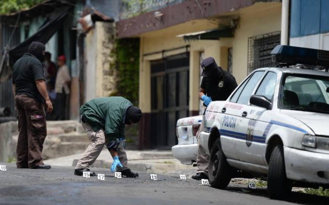 El homicidio fue cometido la mañana del 29 de junio en un taller de la PNC, ubicado sobre la 20 avenida sur y 4ª calle oriente del Barrio San Esteban, San Salvador