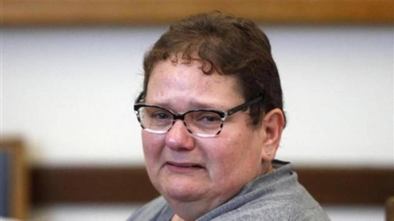 Francia: Dan 9 años de cárcel a mujer por matar a sus bebés