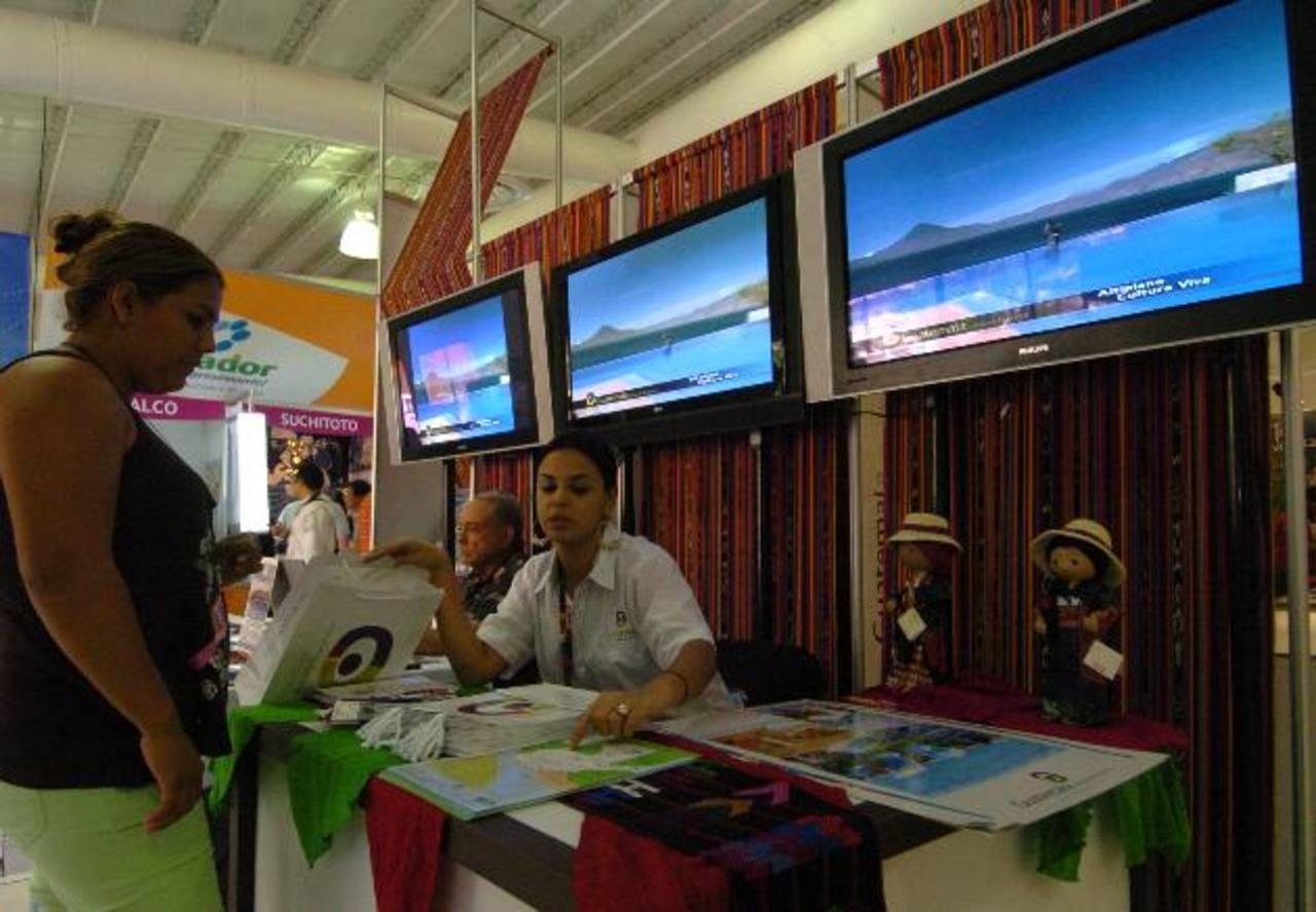 En el evento, el público podrá conocer de empresas turísticas, su oferta y destinos que ofrece para disfrutar de las mejores vacaciones. foto edh / Archivo