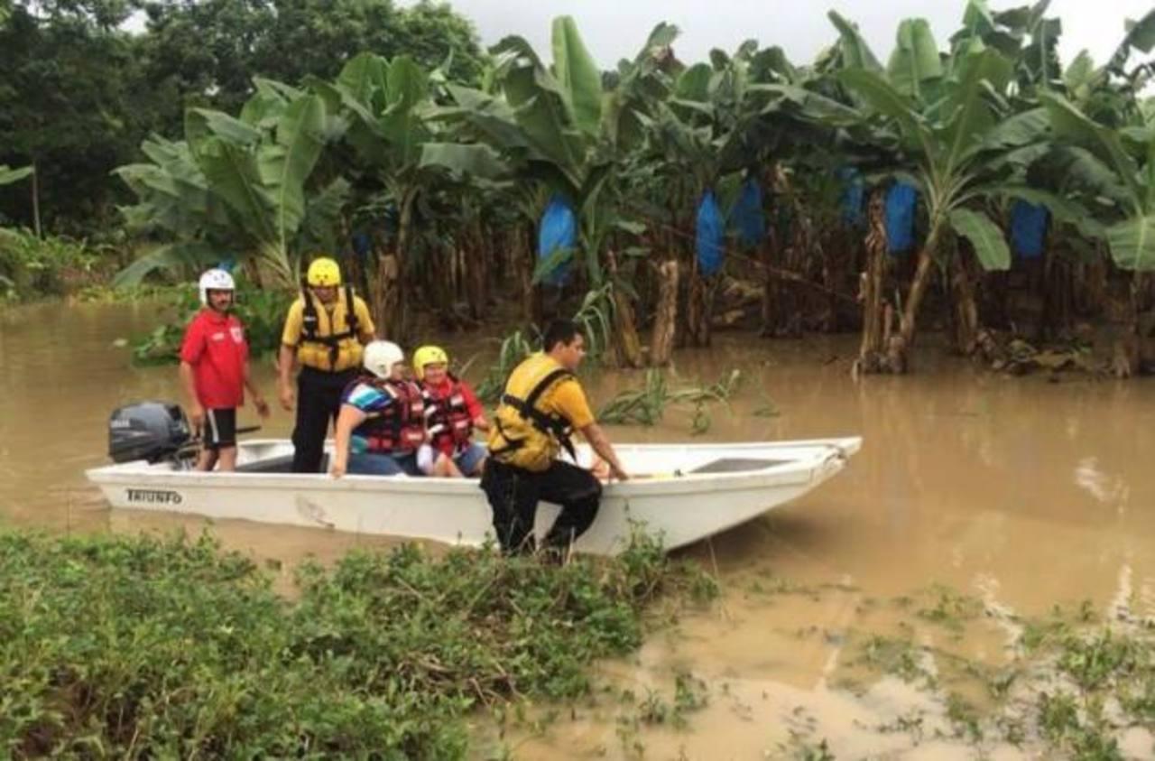Costa Rica reporta 1,600 personas evacuadas por lluvias en el norte y Caribe