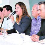La vicepresidenta del Congreso hondureño, Lena Gutiérrez, ha negado que aún sean socios de droguería. tomada de El Heraldo
