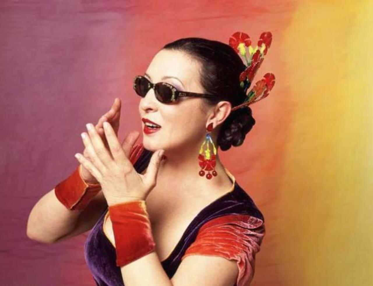 La vida de Martirio, una gran cantante andaluza de los 80, fue profundizada ayer en un cine foro. FOTO EDH