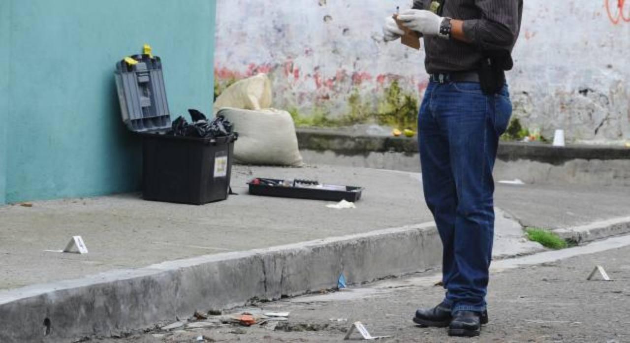 Asesinan a vigilante tras robarle dinero y la base de datos sobre videovigilancia
