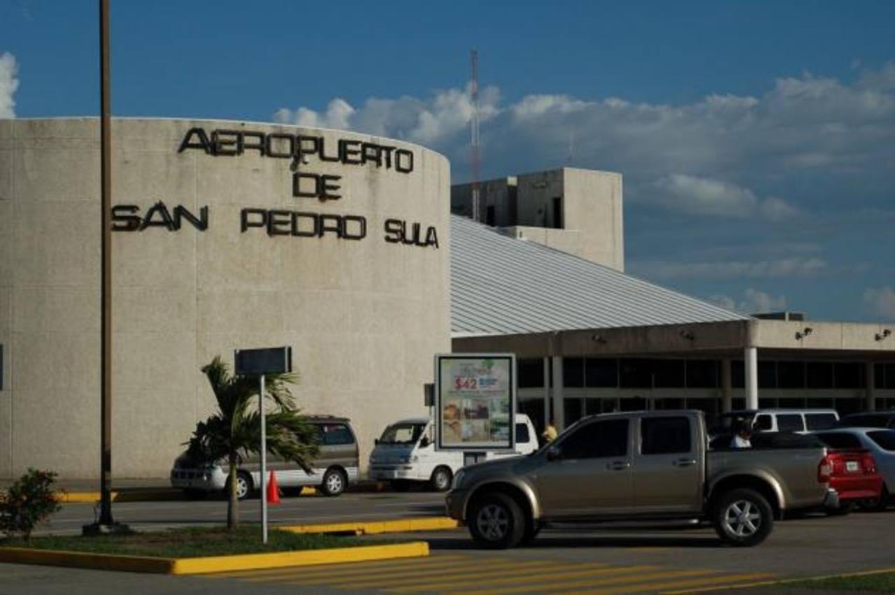 El Estado recibe cada año millones por sus aeropuertos