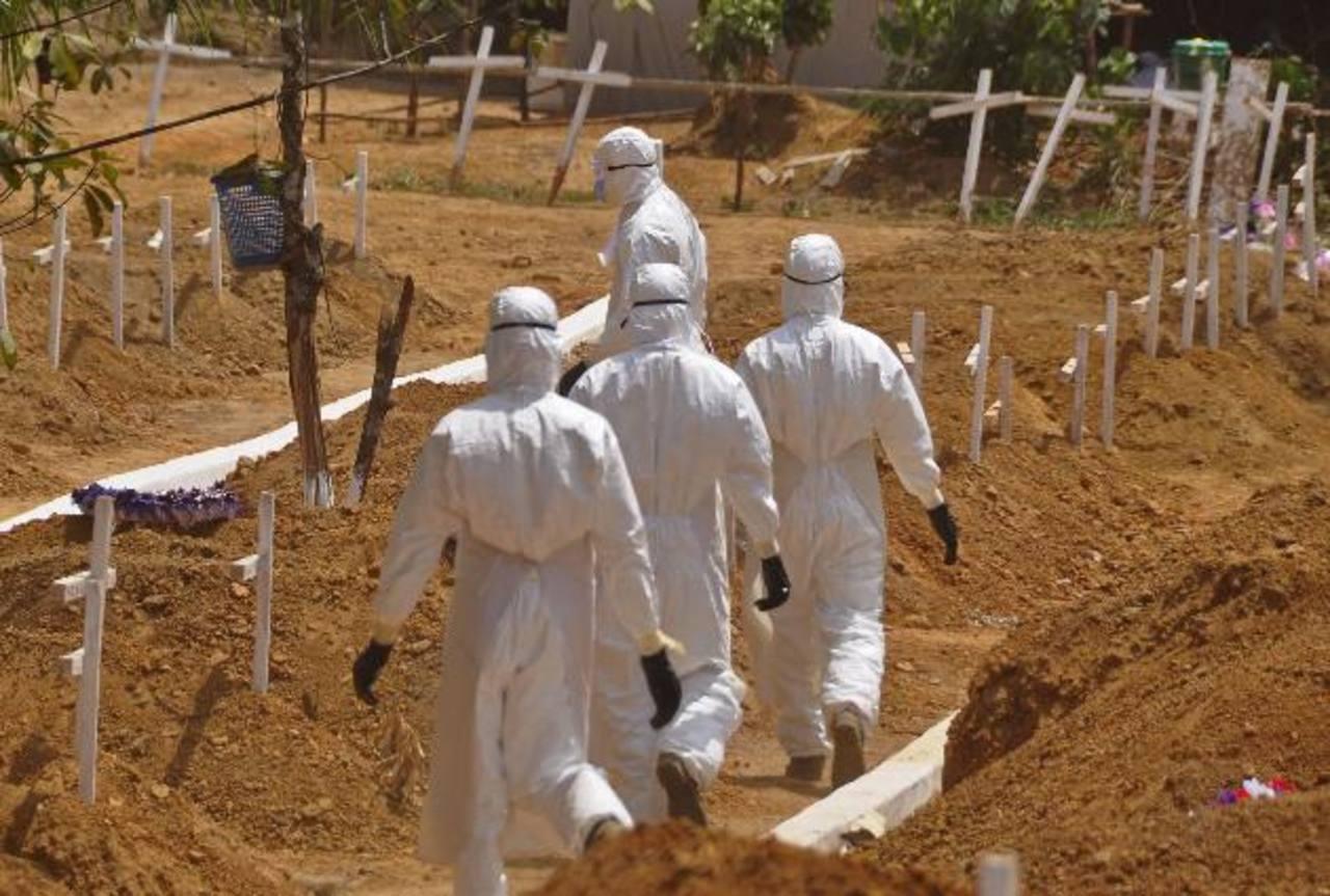 La OMS declaró una emergencia global por el ébola apenas el 8 de agosto, cuando casi 1,000 personas habían muerto por la enfermedad.
