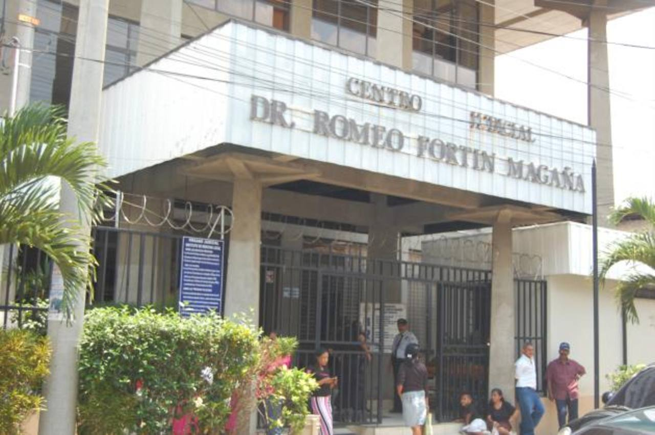 El juicio contra Rubén Pineda Castillo se realizó en el juzgado Primero de Paz de Ahuachapán, el miércoles. Foto EDH / Archivo