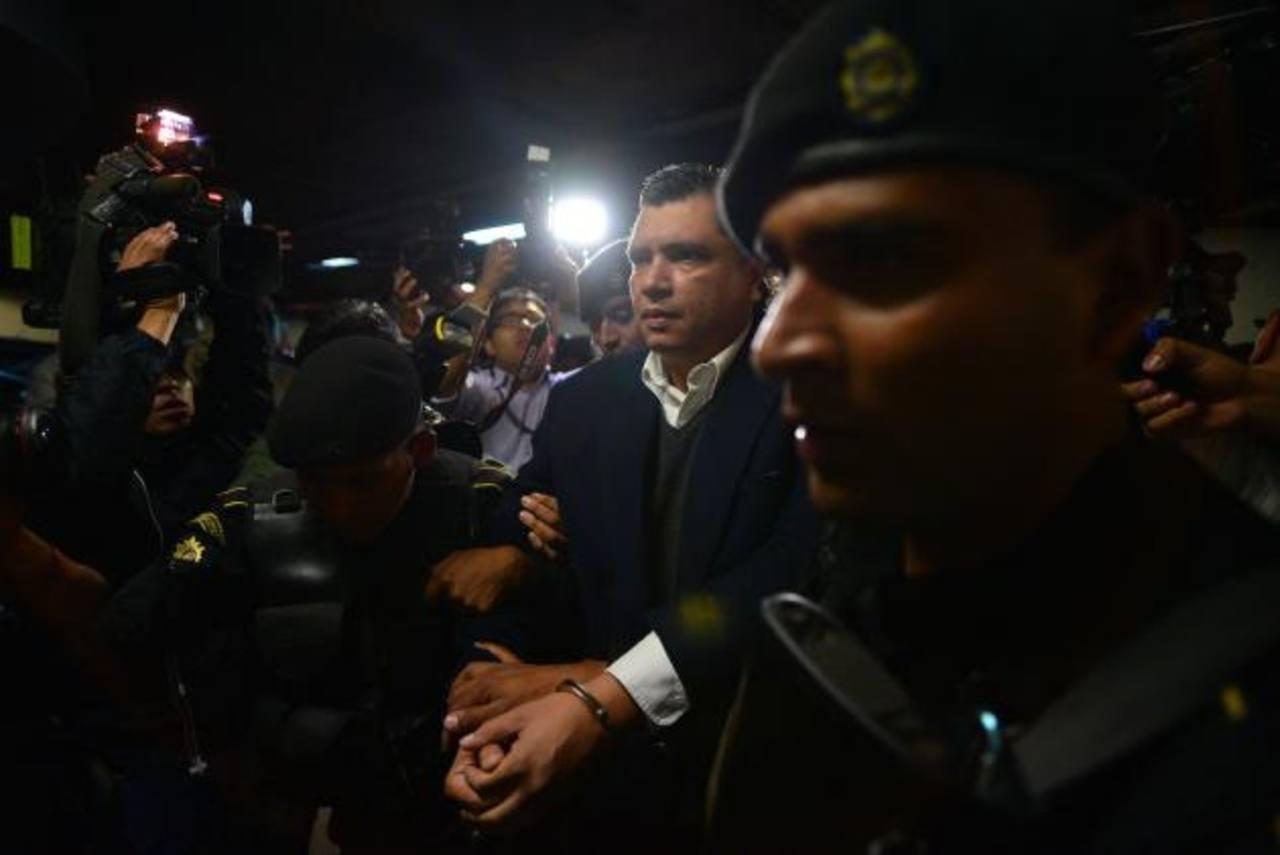 La Comisión Internacional contra la Impunidad de Guatemala (Cicig) sigue desmantelando redes en el gobierno acusadas de corrupción. La vicepresidenta ya renunció. Foto edh / eFE