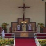 Papa Francisco oficia primera homilía en Ecuador