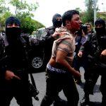 Tres hombres que participaron en el ataque fueron arrestados en un motel de la colonia La Rábida. Foto EDH/ Marlon Hernández