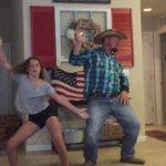 Padre e hija muestran sus increíbles pasos de baile