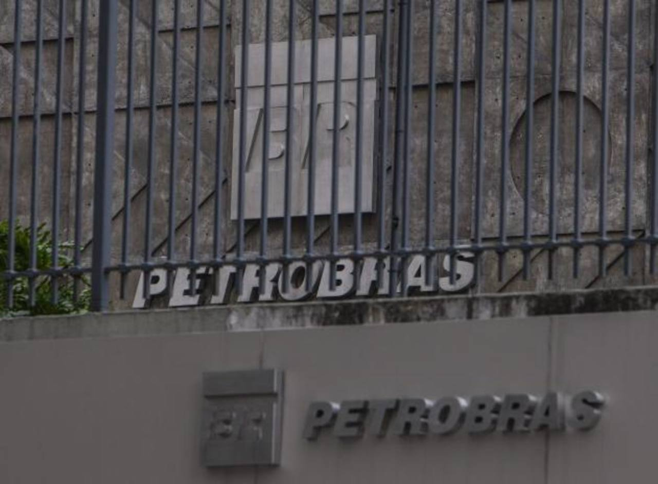 Brasil: 17,000 millones estarían vinculados con Petrobras