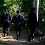 Levantan suspensión de licencias a policías