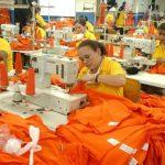 La industria manufacturera es la que más ha impulsado la economía este año. Foto EDH/ Archivo