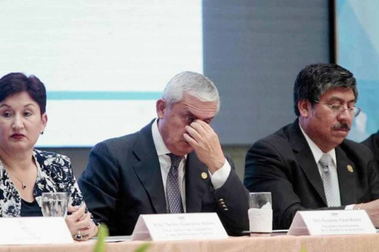 Organizan manifestación nocturna para exigir dimisión presidente de Guatemala