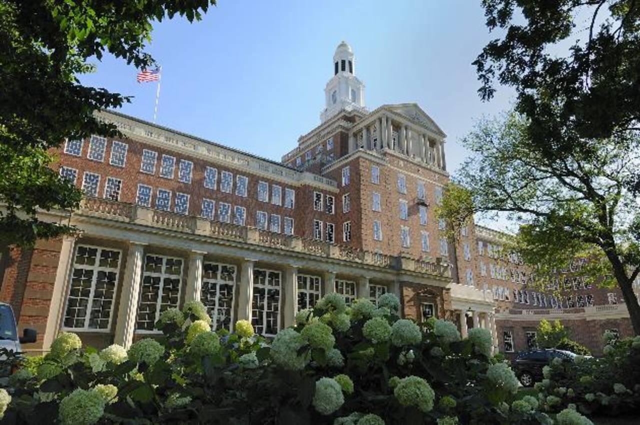 Fotografía facilitada por el grupo de seguros médicos Aetna en la que se muestra la sede de la empresa en Hartford, Connecticut, Estados Unidos.
