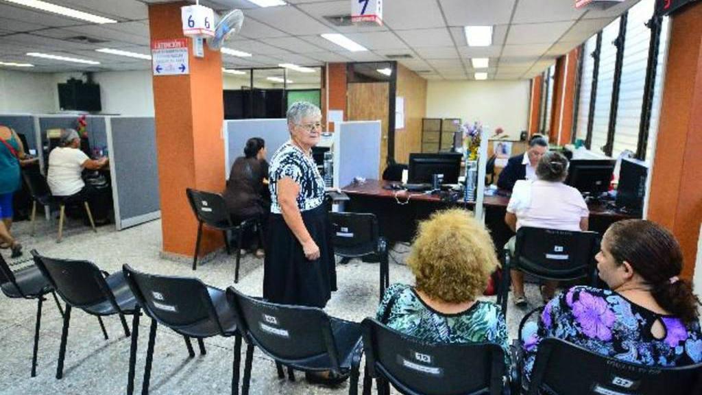 Piden a Asamblea que cumpla fallo de CSJ para aumentar rentabilidad de pensiones