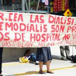 Pacientes con insuficiencia renal terminal del ISSS denunciaron el cambio de terapia.