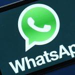 Los adolescentes latinoamericanos miran WhatsApp al despertar, revela estudio