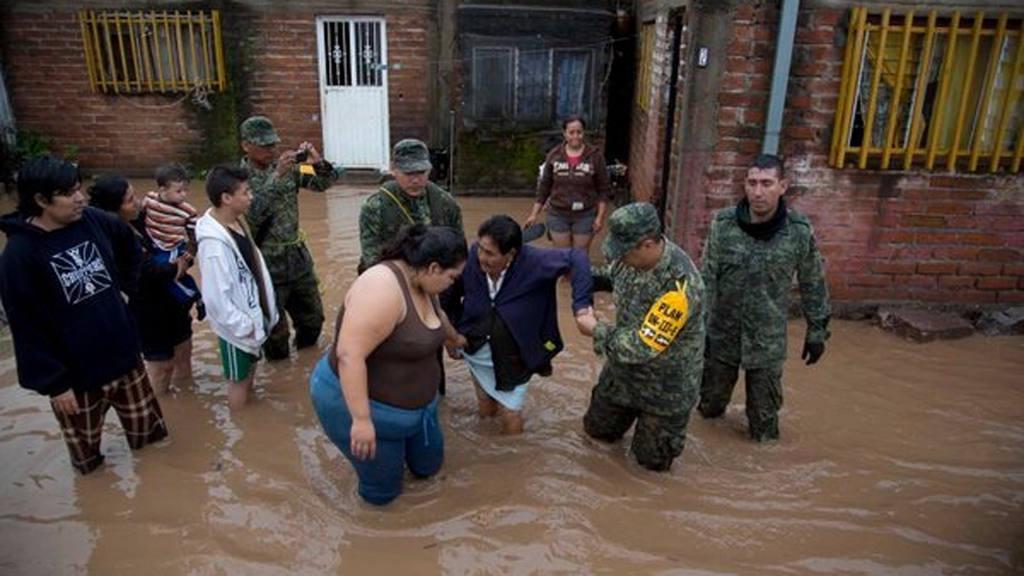 Inundaciones y otros daños causados por el huracán Patricia