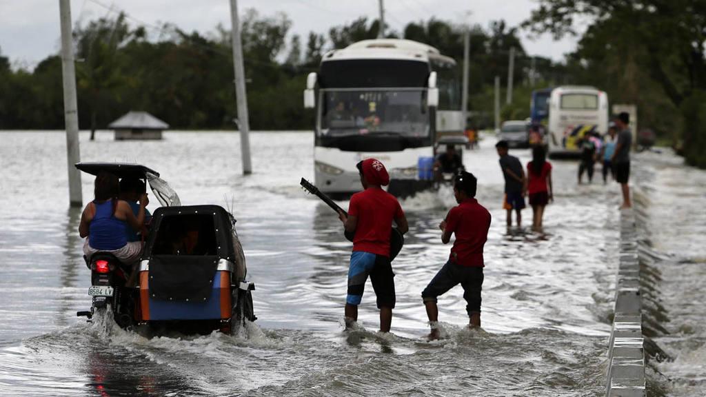 EL TIF?N KOPPU CAUSA AL MENOS 13 MUERTOS Y 280.000 AFECTADOS EN FILIPINAS