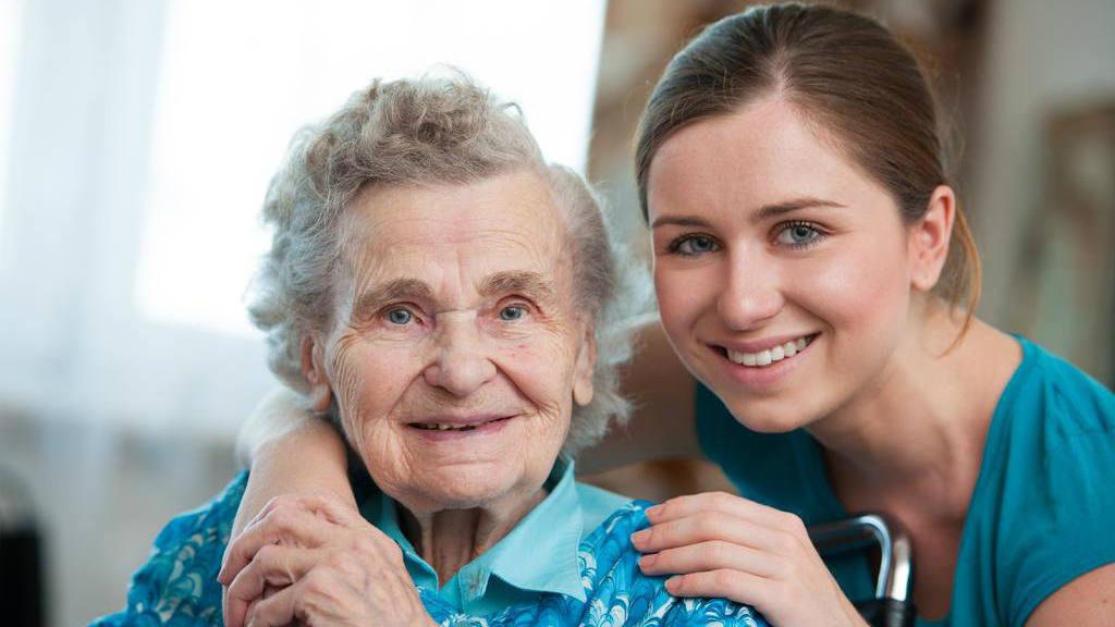 8 consejos para cuidar un enfermo de la tercera edad