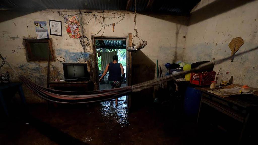 Inundaciones en la zona de Acajutla por temporal, El Salvador