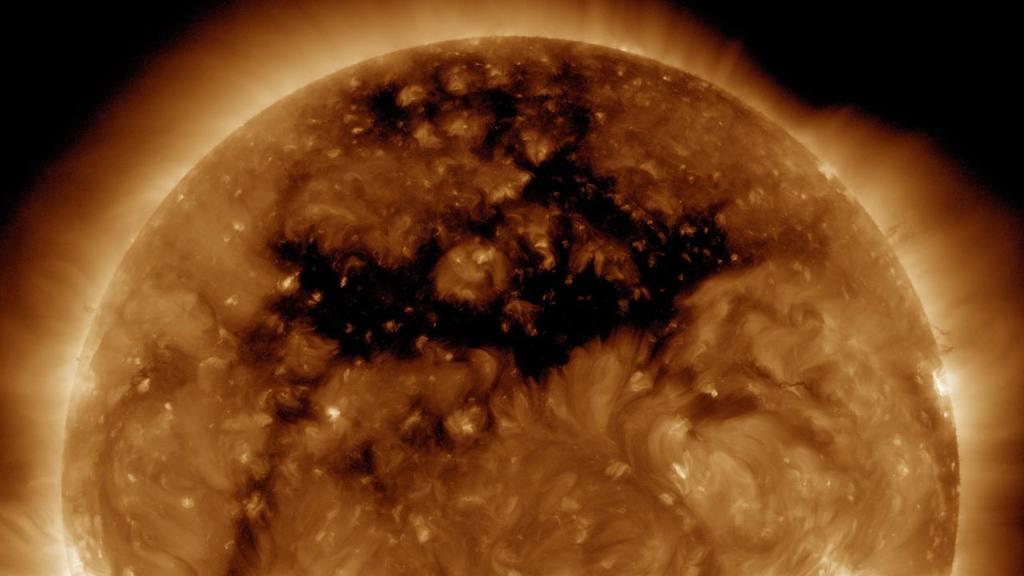 Hoyo en la corona del Sol