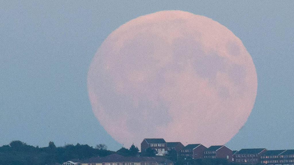 Super moon in Brighton