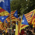 Cataluña vota para decidir su futuro dentro de España