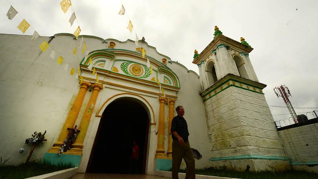 Iglesia parroquial de Guazapa