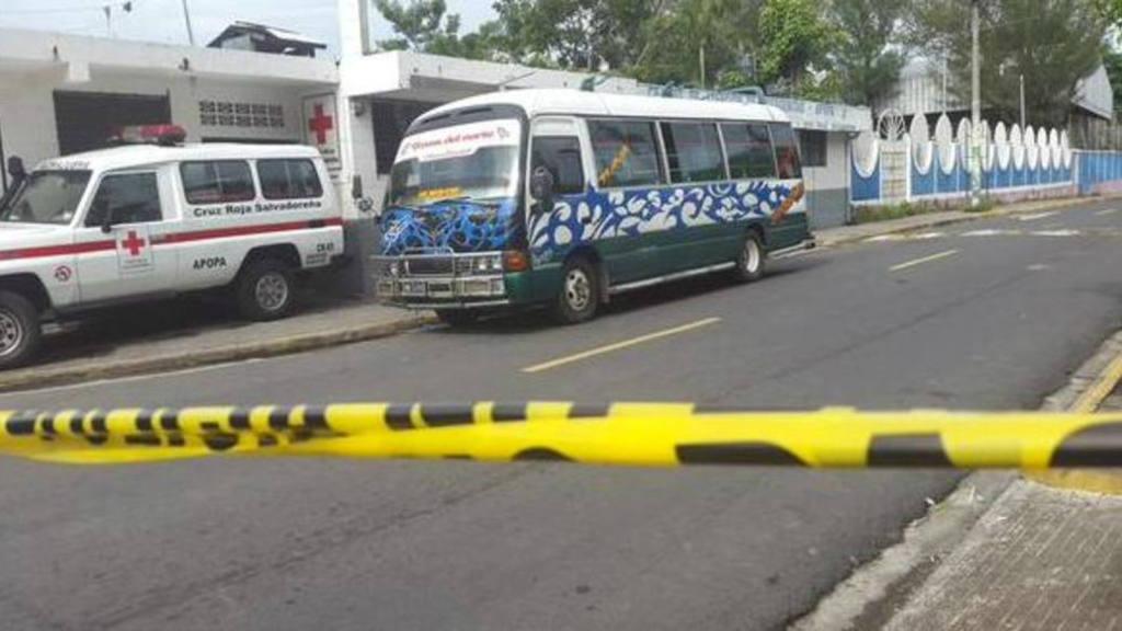 Ataque contra microbús
