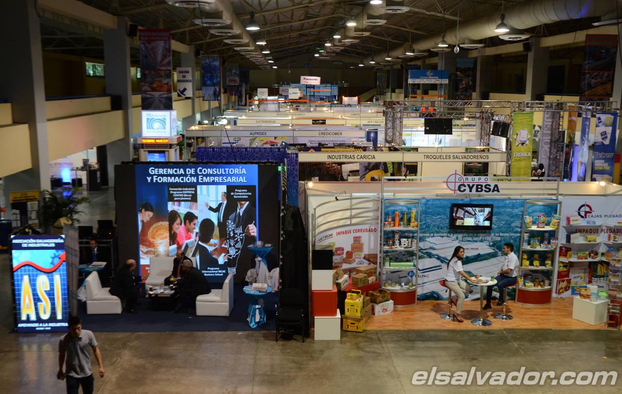 Feria Industrial, en el CIFCO, organizada por la Asociaci?n Salvadore?a de Industriales, ASI, e la que participan industrias salvadore?as e internacionales.