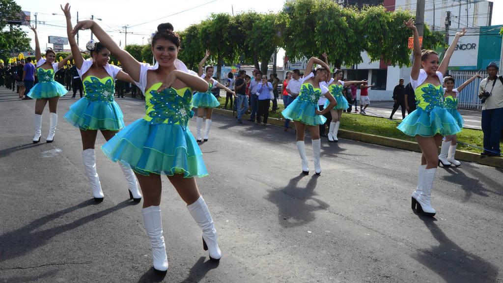 Desfile Estudiantil