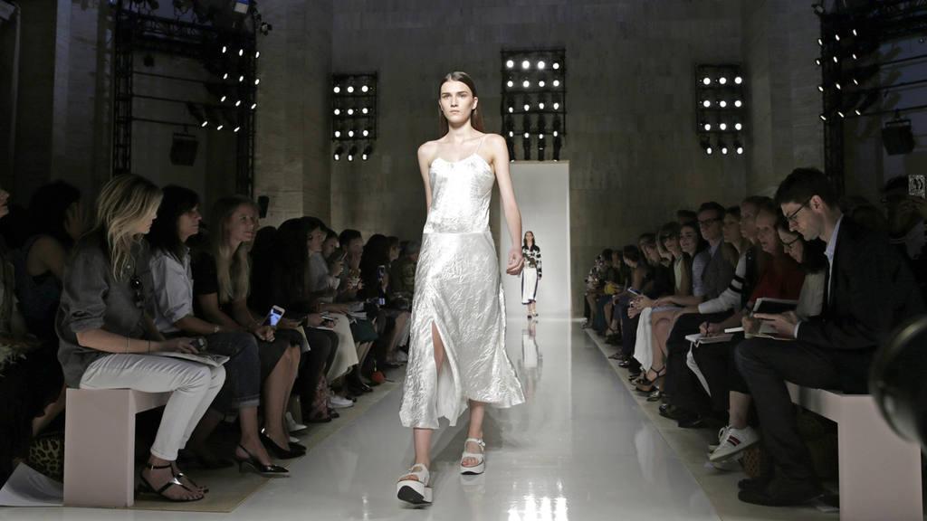 Victoria Beckham - Runway - New York Fashion Week Spring 2016