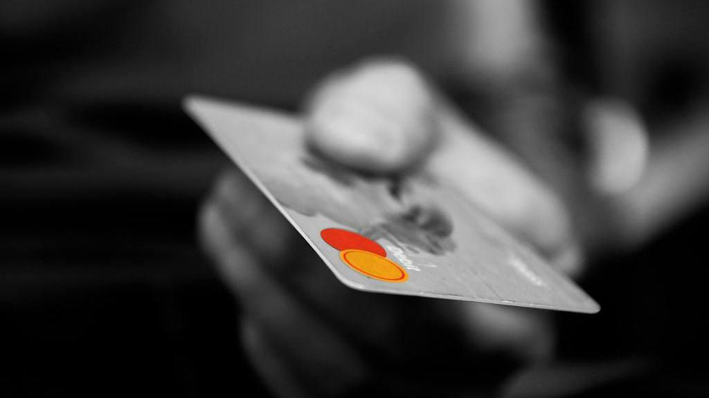 5 pasos para liberarte de las deudas de tarjetas de crédito