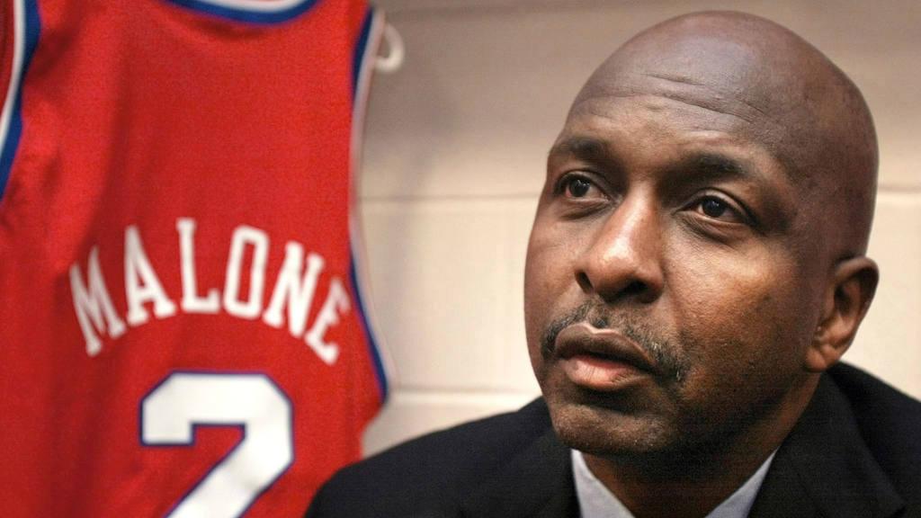 Moses Malone, leyenda de la NBA, muere de un infarto