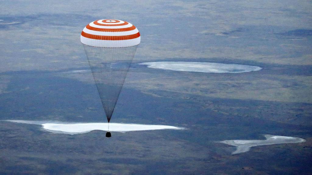 Russian Soyuz TMA-16M space capsule landing