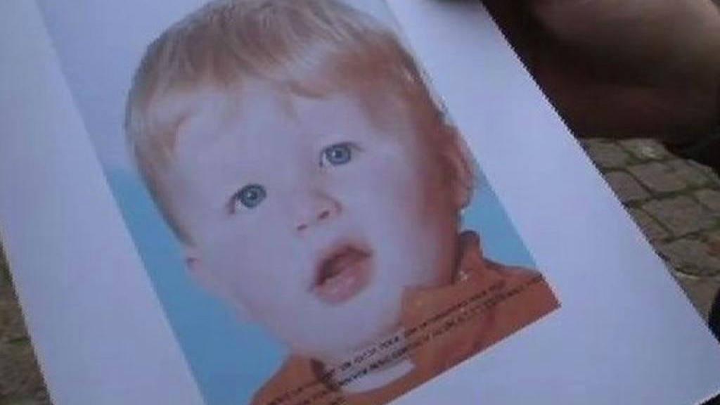 Juzgan a unos padres por haber matado a su hijo tras meterlo en la lavadora