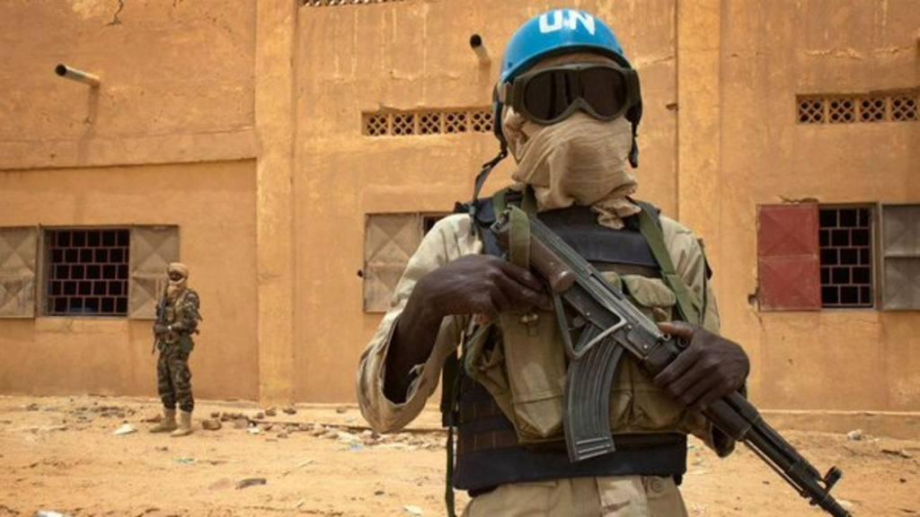Misil alcanza base de ONU en Mali; hay 3 muertos, 20 heridos