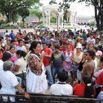 Desordenes desalojo vendedores informales Santa Tecla.