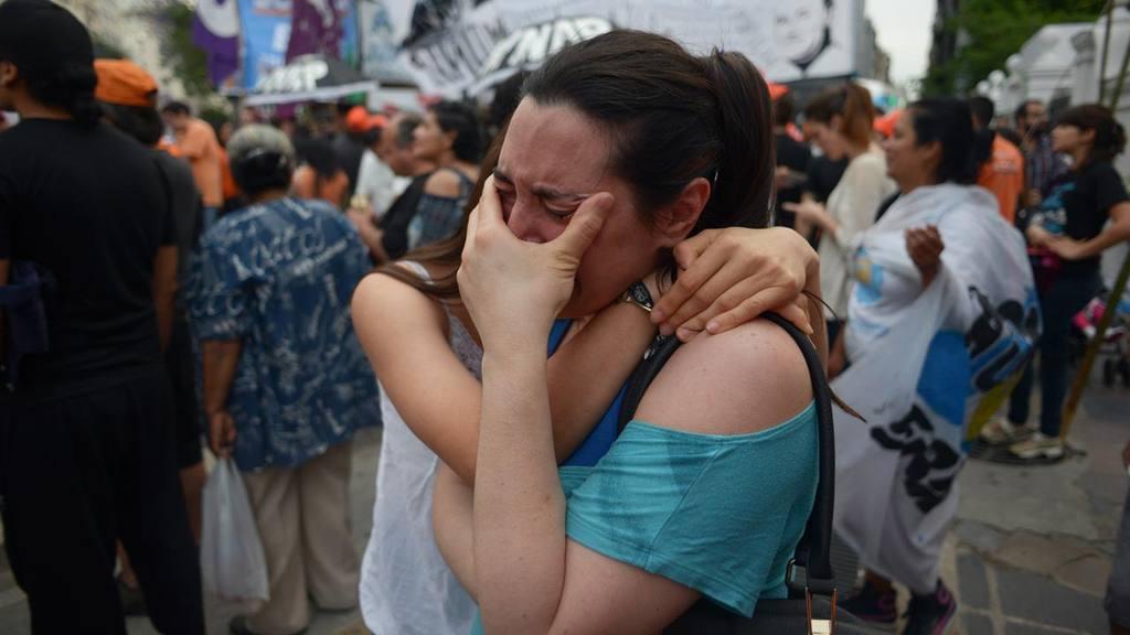 MACRI GANA LAS PRESIDENCIALES ARGENTINAS, SEG?N PRIMEROS DATOS OFICIALES