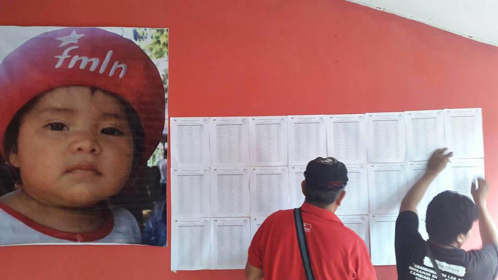 Inician elecciones internas del FMLN