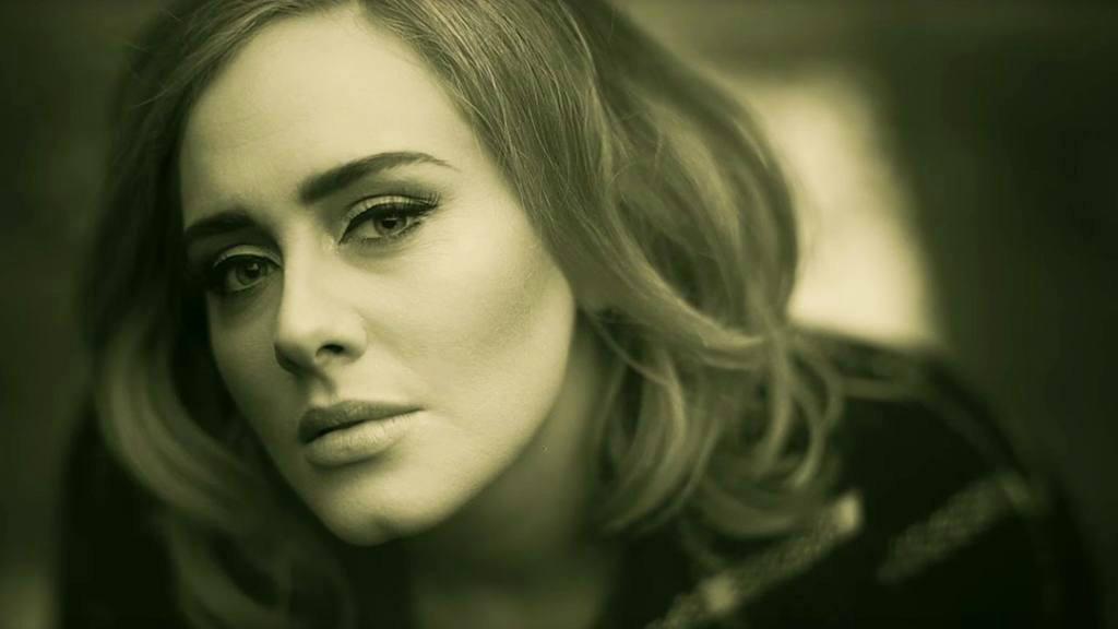 """Adele canta en vivo su nueva canción """"Hello"""""""