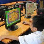 Donativo de computadoras a escuela