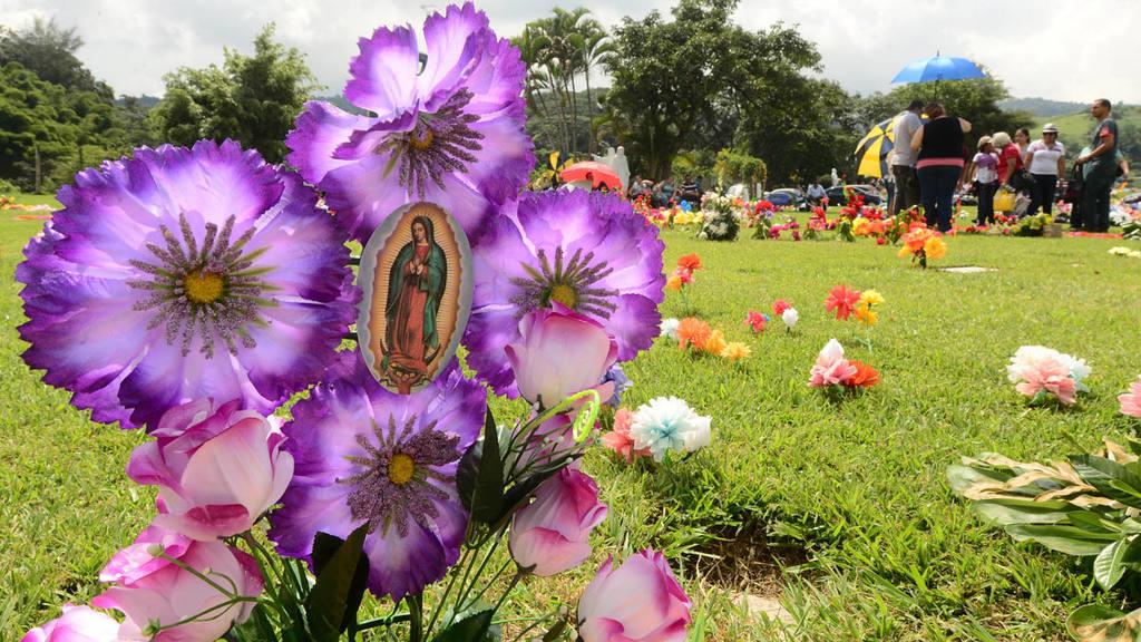 Día de los difuntos en El Salvador